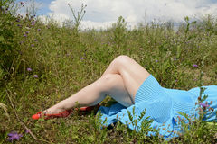 Piernas de la mujer Foto de archivo libre de regalías