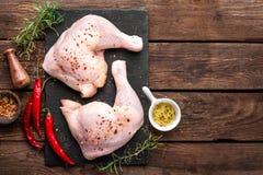 Piernas de pollo imágenes de archivo libres de regalías