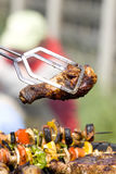 Piernas de pollo asadas a la parilla Imagen de archivo libre de regalías