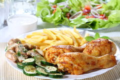 Piernas de pollo de carne asada Imagen de archivo libre de regalías