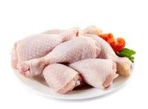 Piernas de pollo sin procesar Imagen de archivo libre de regalías