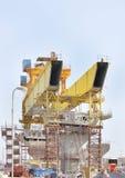 Piernas delanteras de la viga de lanzamiento gigante Fotografía de archivo