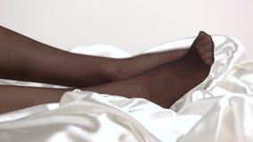 Piernas en medias negras metrajes