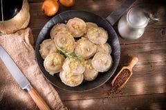 Pierogi con carne e grano saraceno Fotografia Stock