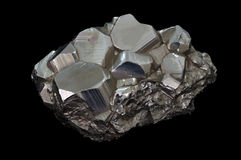 Pierre de minerai de pyrite Images stock