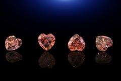 Pierre gemme de forme de coeur Collections de gemmes de bijou sur le noir Photographie stock libre de droits