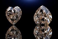 Pierre gemme de forme de coeur Collections de gemmes de bijou sur le noir Images libres de droits