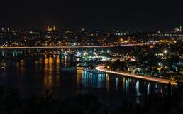 Pierre Loti Hill Night sikt av Istanbul arkivbild