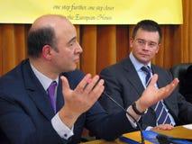 Pierre Moscovici und Mihai Razvan Ungureanu Lizenzfreie Stockfotos