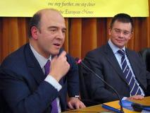 Pierre Moscovici und Mihai Razvan Ungureanu Stockfoto