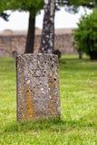 Pierre tombale juive dans un camp de concentration Photo stock