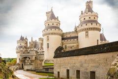 Pierrefond kasztelu wejściowy picardie France zdjęcia royalty free