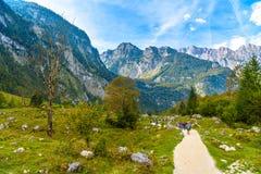 Pierres de Boulder dans Koenigssee, Konigsee, parc national de Berchtesgaden, Bavi?re, Allemagne image stock