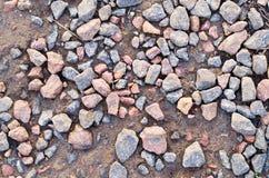 Pierres de granit sur la terre photographie stock libre de droits