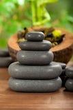 Pierres de massage de station thermale Images libres de droits
