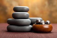 Pierres de massage de station thermale Photo libre de droits