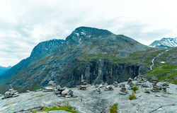 Pierres de Vard dans la montagne image stock