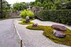 Pierres en parc public, Tokyo, Japon Photographie stock libre de droits