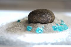 Pierres gemmes simples dans l'avant Images libres de droits