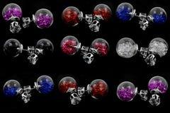 Pierres modernes de boucles d'oreille - avec des cristaux Photo stock