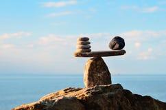 Pierres sur le rocher Image stock