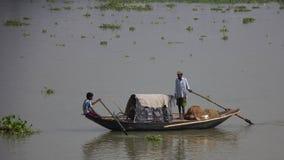Pierwotna łódź na Ganges rzece obrazy royalty free