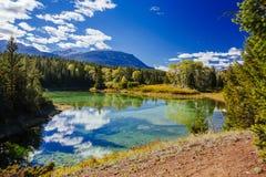 Pierwszy jezioro, dolina 5 jezior, Jaspisowy park narodowy, Alberta Zdjęcia Stock
