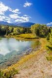Pierwszy jezioro, dolina 5 jezior, Jaspisowy park narodowy, Alberta Zdjęcie Stock