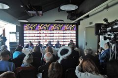 Pierwszy oficjalna konferencja prasowa 40th Moskwa Międzynarodowy Ekranowy festiwal Obraz Royalty Free