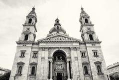 Pierzeja świętego Stephen ` s bazylika, Budapest, Węgry, czerni a Obrazy Royalty Free