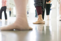 Pies del bailarín Fotografía de archivo libre de regalías