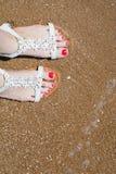 Pies del mar del verano Foto de archivo