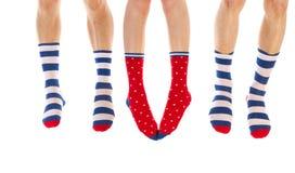 Pies en calcetines Fotos de archivo libres de regalías