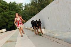 Pies i dzieciak Fotografia Stock