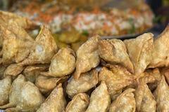 Pies samosas, street food in Kathmandu Royalty Free Stock Photos