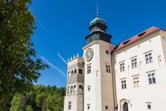 PIESKOWA SKALA,波兰- 2018年5月01日:城堡Pieskowa Skala nea 图库摄影