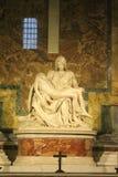 Pietain la basilica di St Peter nel Vaticano immagine stock libera da diritti