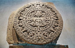 Pietra azteca del calendario o pietra di Sun Immagini Stock Libere da Diritti