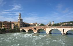 The Pietra bridge on the Adige river in Verona, the city of Juliet and Romeo, of lovers, of opera music, opera and good wine. Beauties of the Italian region of stock photos