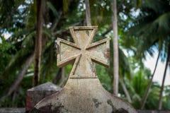 Pietra grave della croce celtica in priorità alta Fotografie Stock