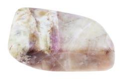 Pietra ruzzolata della cancrinite isolata Fotografia Stock