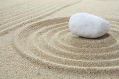 Pietra sulla sabbia Fotografie Stock Libere da Diritti