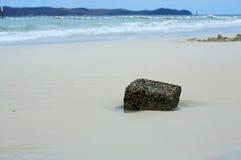 Pietra sulla spiaggia Immagini Stock Libere da Diritti