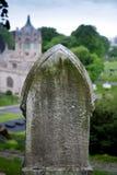 Pietra tombale su una collina Fotografia Stock Libera da Diritti