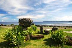 Pietre antiche di Latte in spiaggia del Guam Fotografia Stock