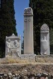 Pietre antiche di sepoltura del cimitero di Atene Kerameikos fotografia stock