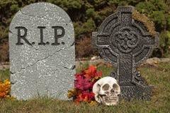 Pietre della tomba di Halloween immagine stock