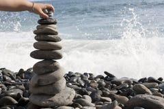 Pietre di zen impilate Fotografie Stock