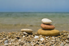 Pietre di zen sulla spiaggia Fotografia Stock Libera da Diritti