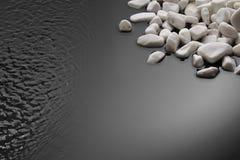 Pietre ed ondulazioni sul nero Fotografie Stock